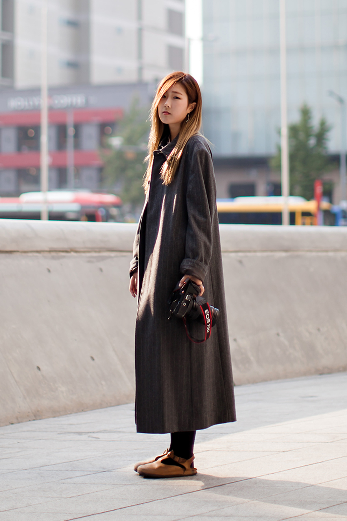 On the street… Kim Seola Seoul fashion week 2016 SS
