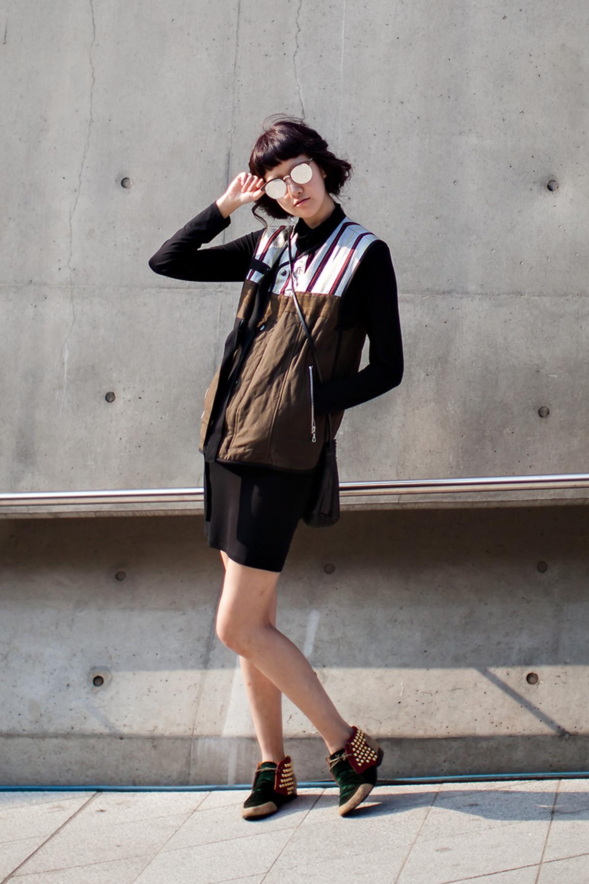 On the street… Shin Haenam Seoul fashion week 2016 SS