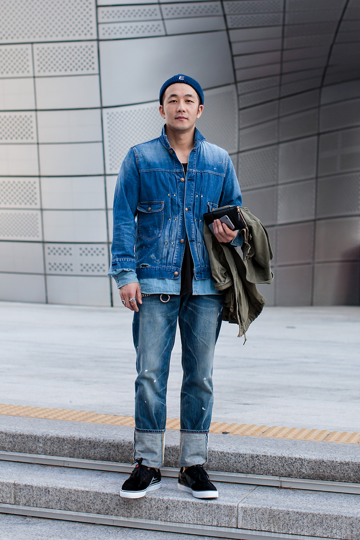 On the street… Lee Dongwon Seoul fashion week 2016 SS