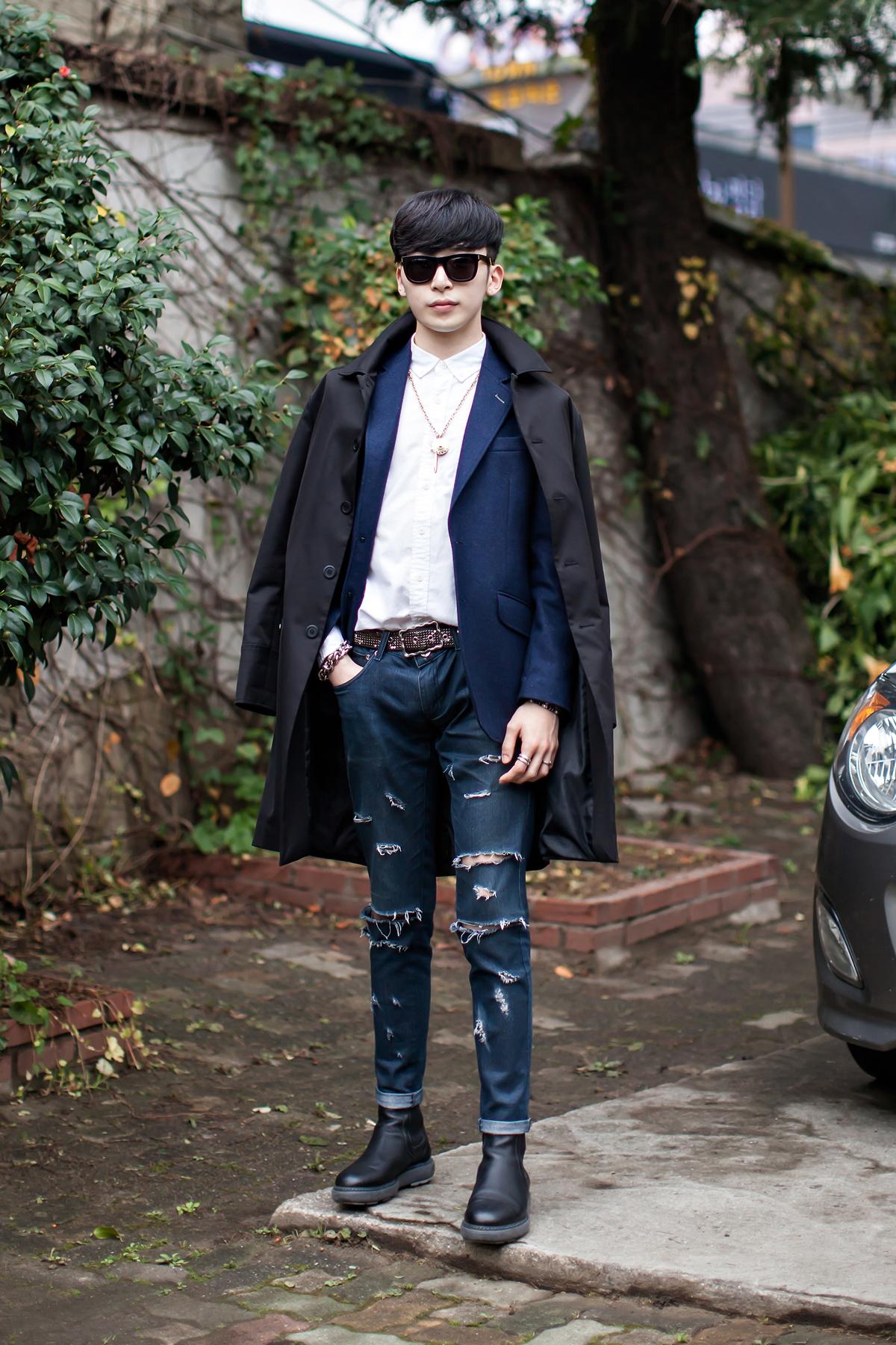 On the street… Kim Minchul Busan.jpg
