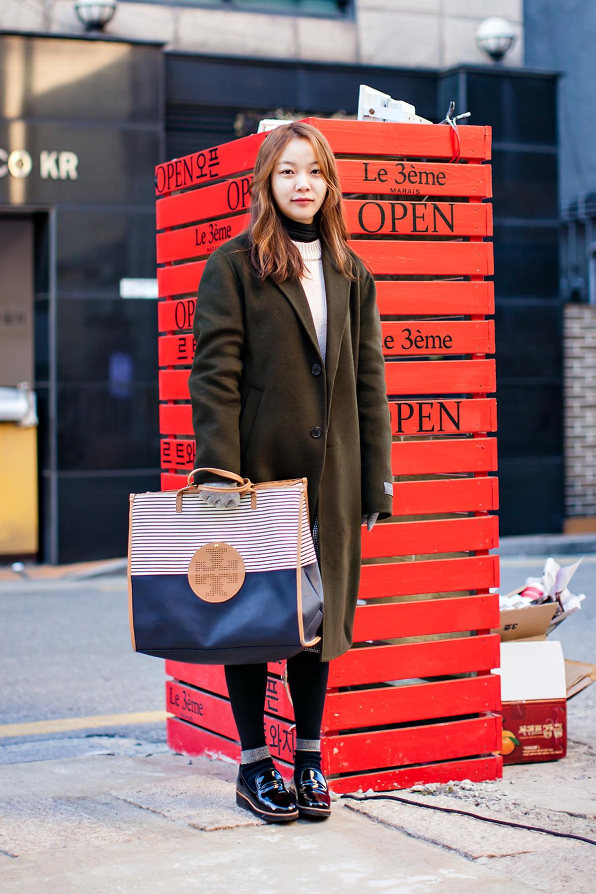 On the street… Baek Sera Seoul.jpg