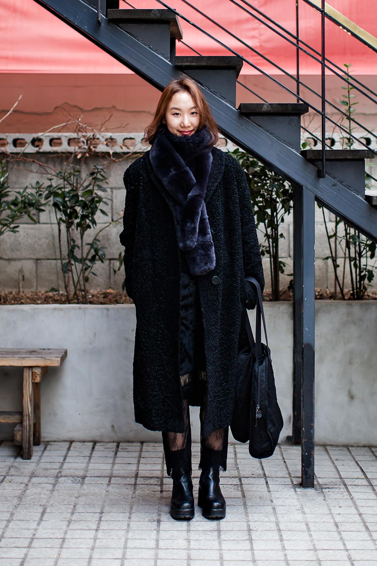On the street… Kim Noeul Seoul