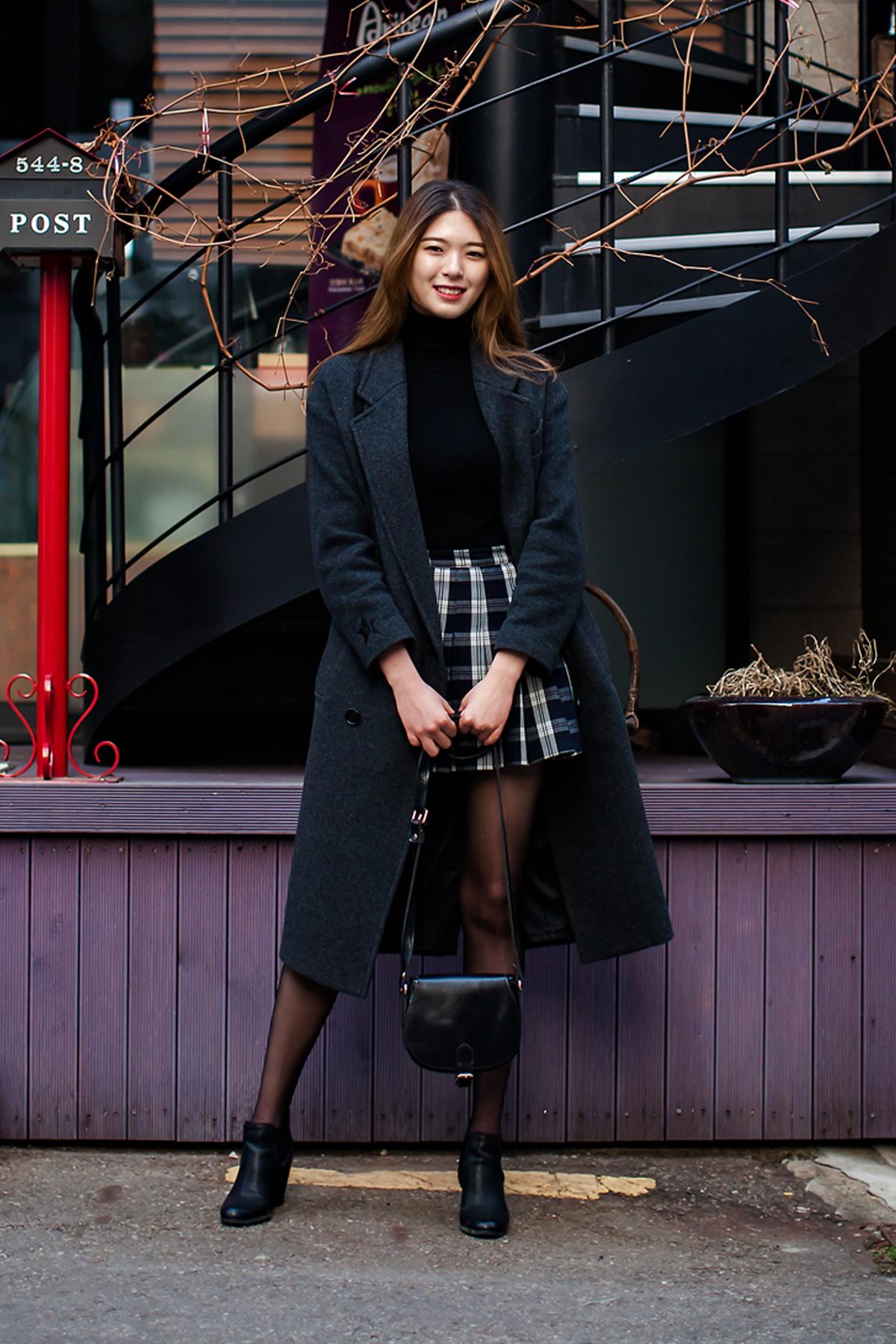 On the street… Lee Soobin Seoul.jpg