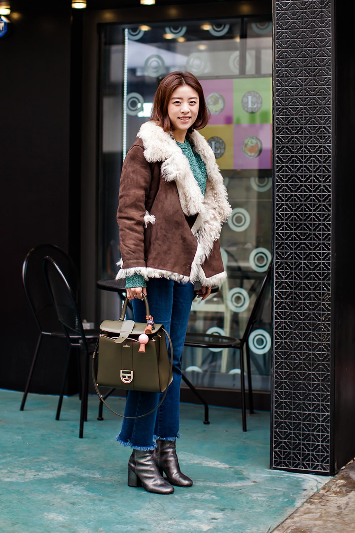 On the street… Michelle Yuan Seoul.jpg