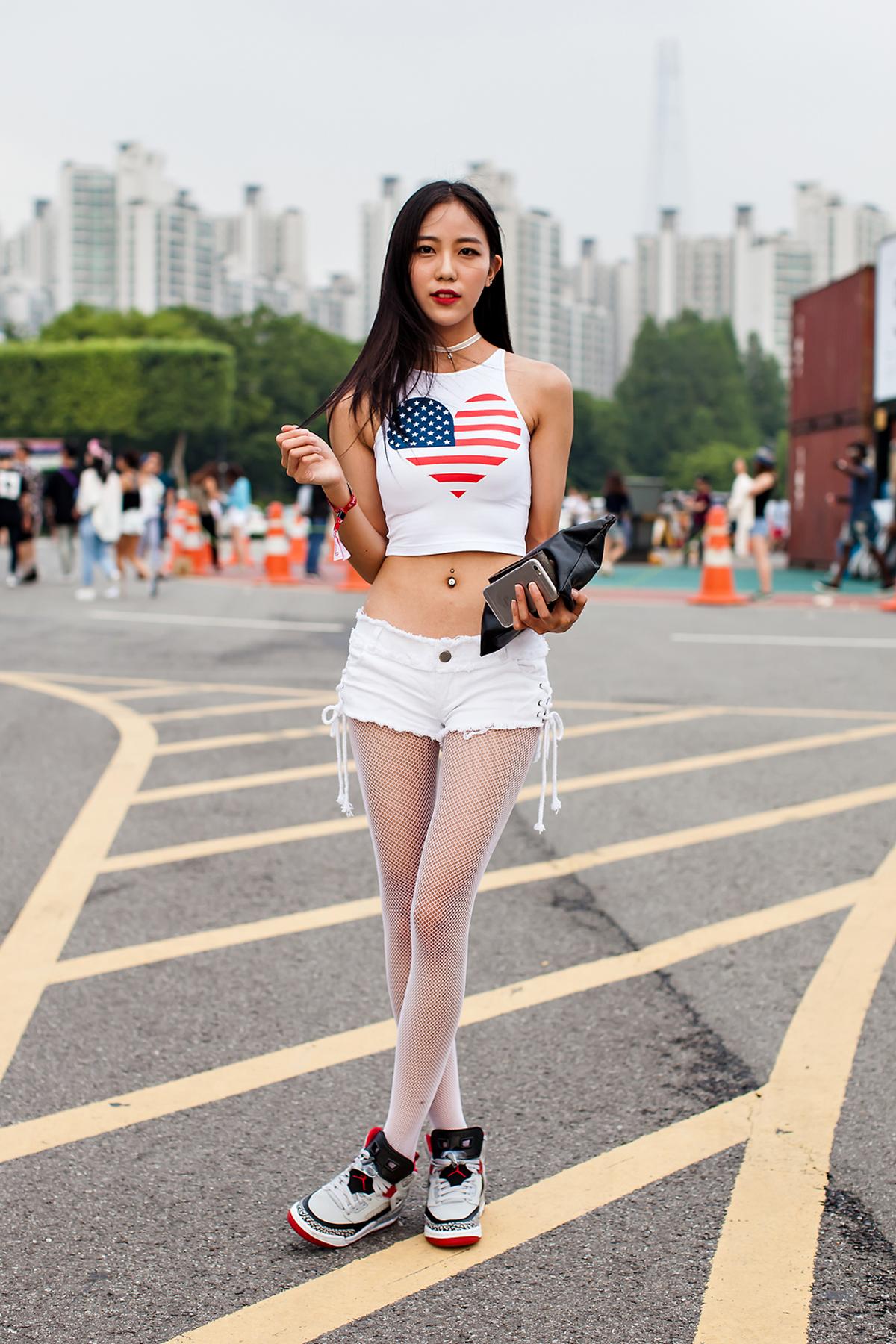 Kim Hyunjin, ULTRA MUSIC FESTIVAL KOREA 2016.jpg