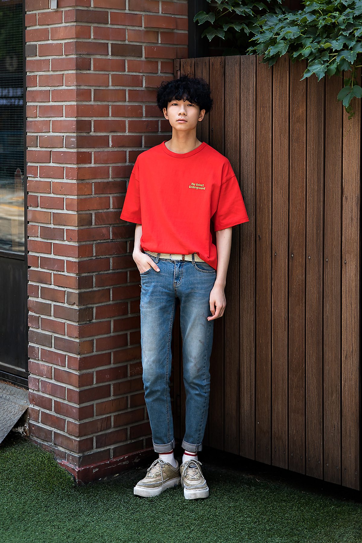 Cho Youngjae, Street Fashion 2017 in Seoul.jpg