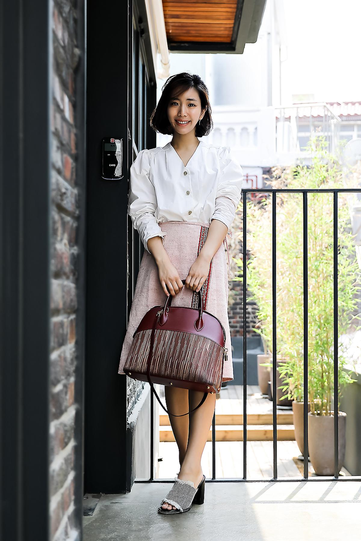 Kim Bokyung, Street Fashion 2017 in Seoul.jpg