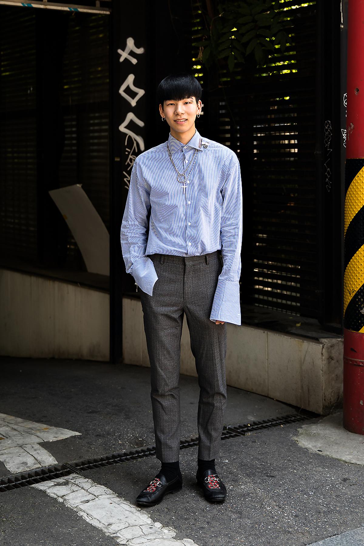 Moon Byunggil, Street Fashion 2017 in Seoul.jpg