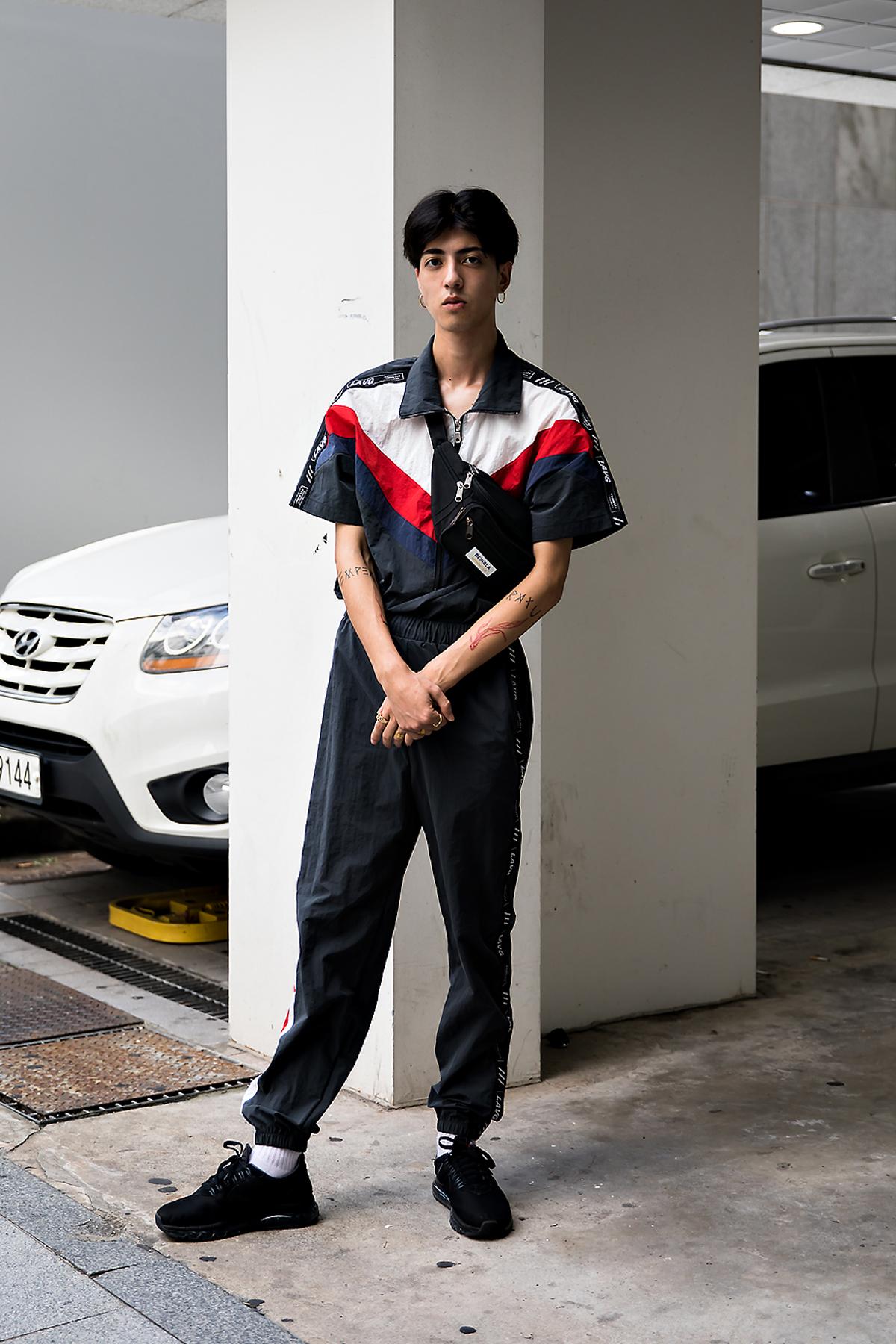 Luca, Street Fashion 2017 in Seoul.jpg