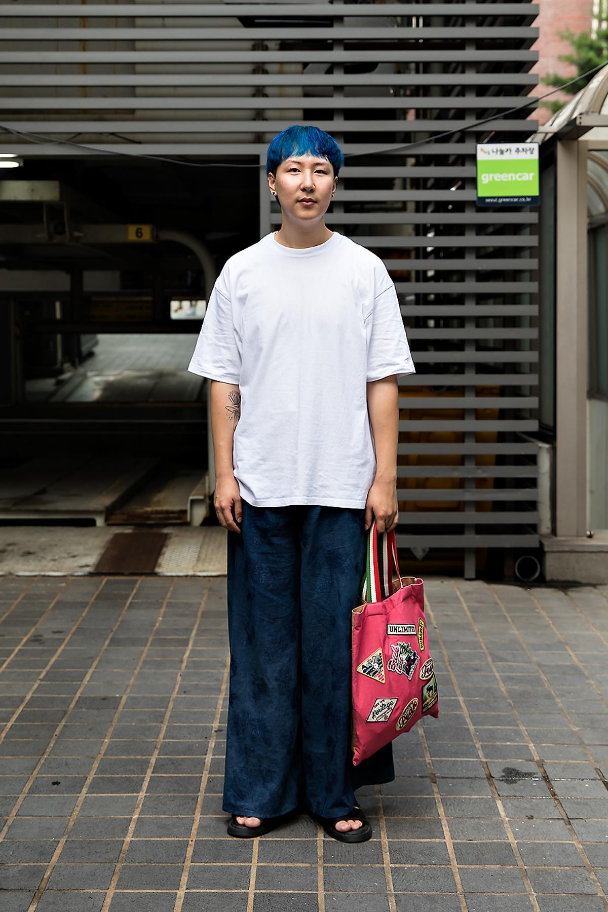Park Daegon, Street Fashion 2017 in Seoul.jpg
