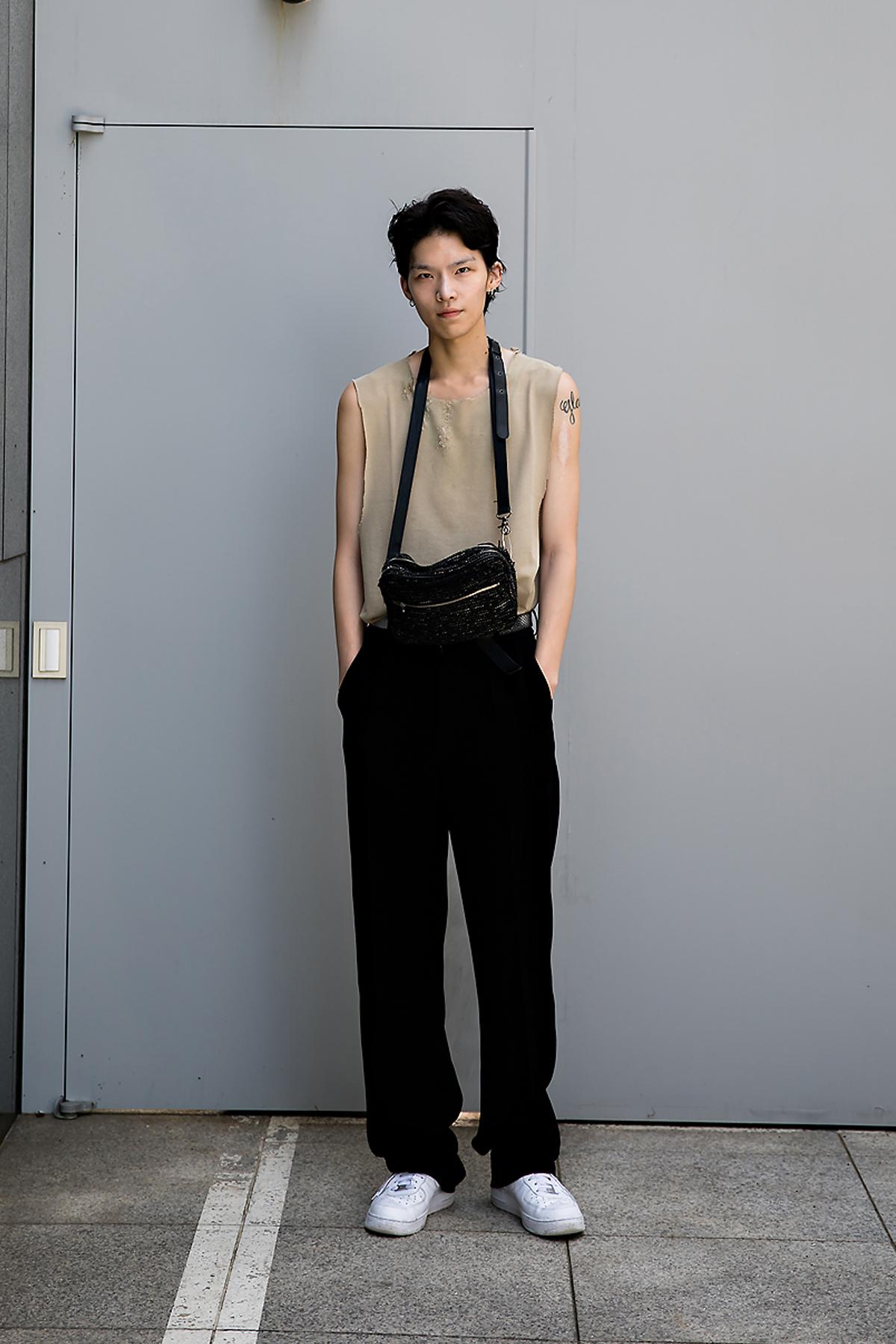 Choi JungKab, Street Fashion 2017 in Seoul.jpg