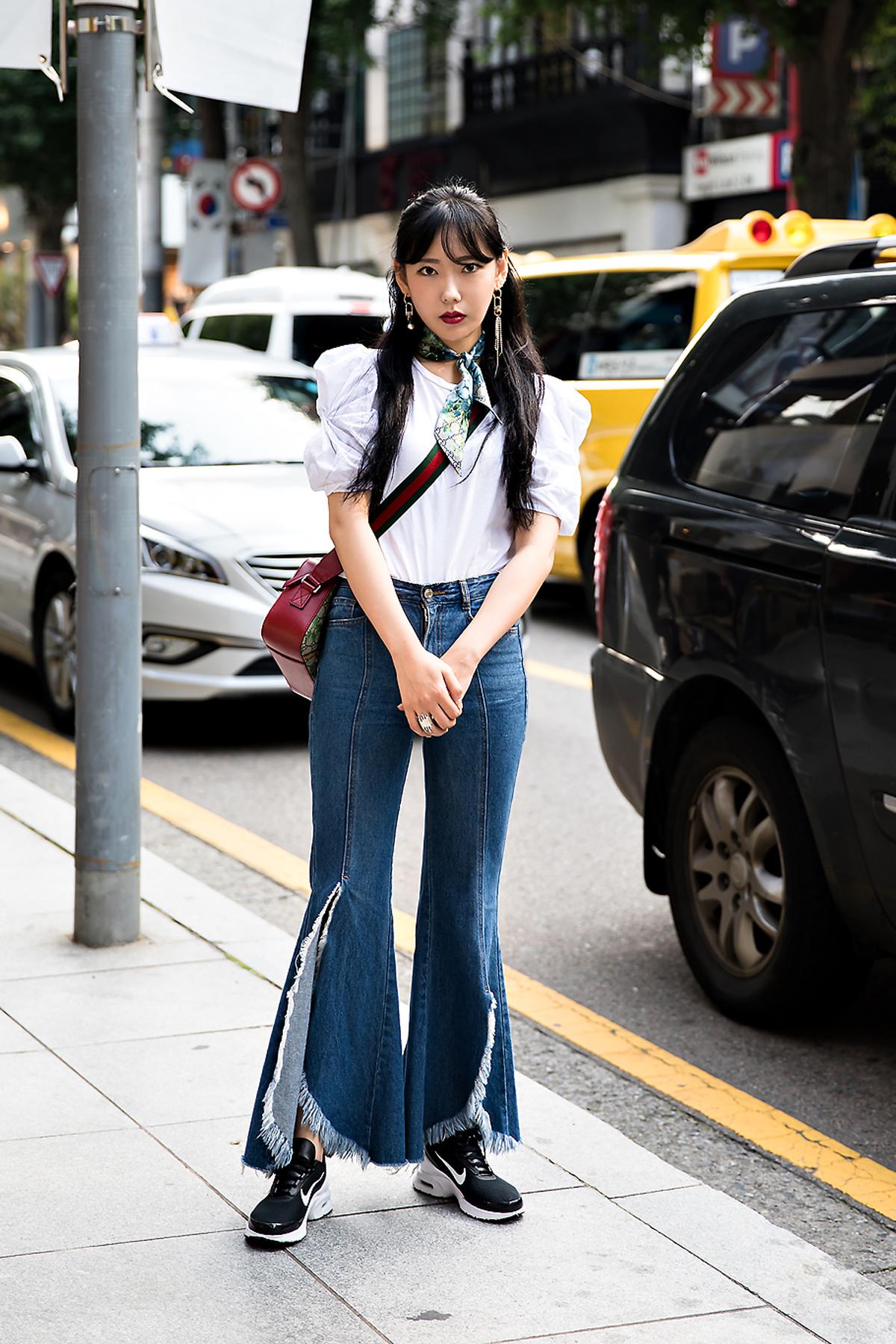 Jung Seulbi, Street Fashion 2017 in Seoul.jpg