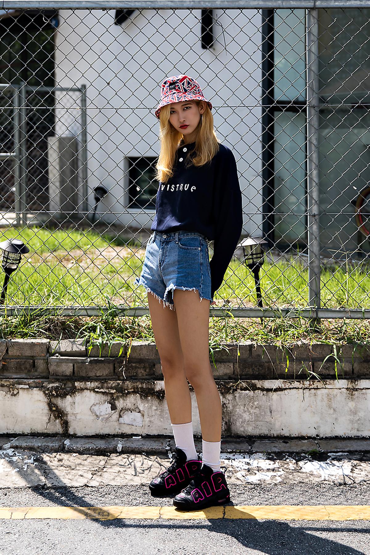 Kim Eunji, Street Fashion 2017 in Seoul