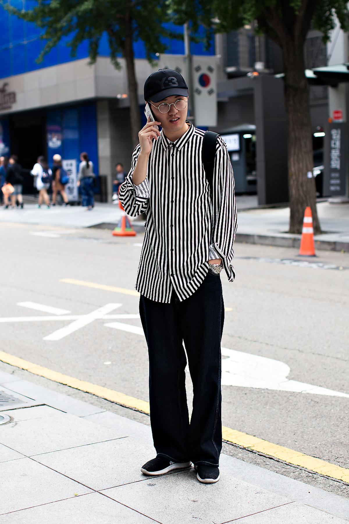Lee Jaedoo, Street Fashion 2017 in Seoul.jpg