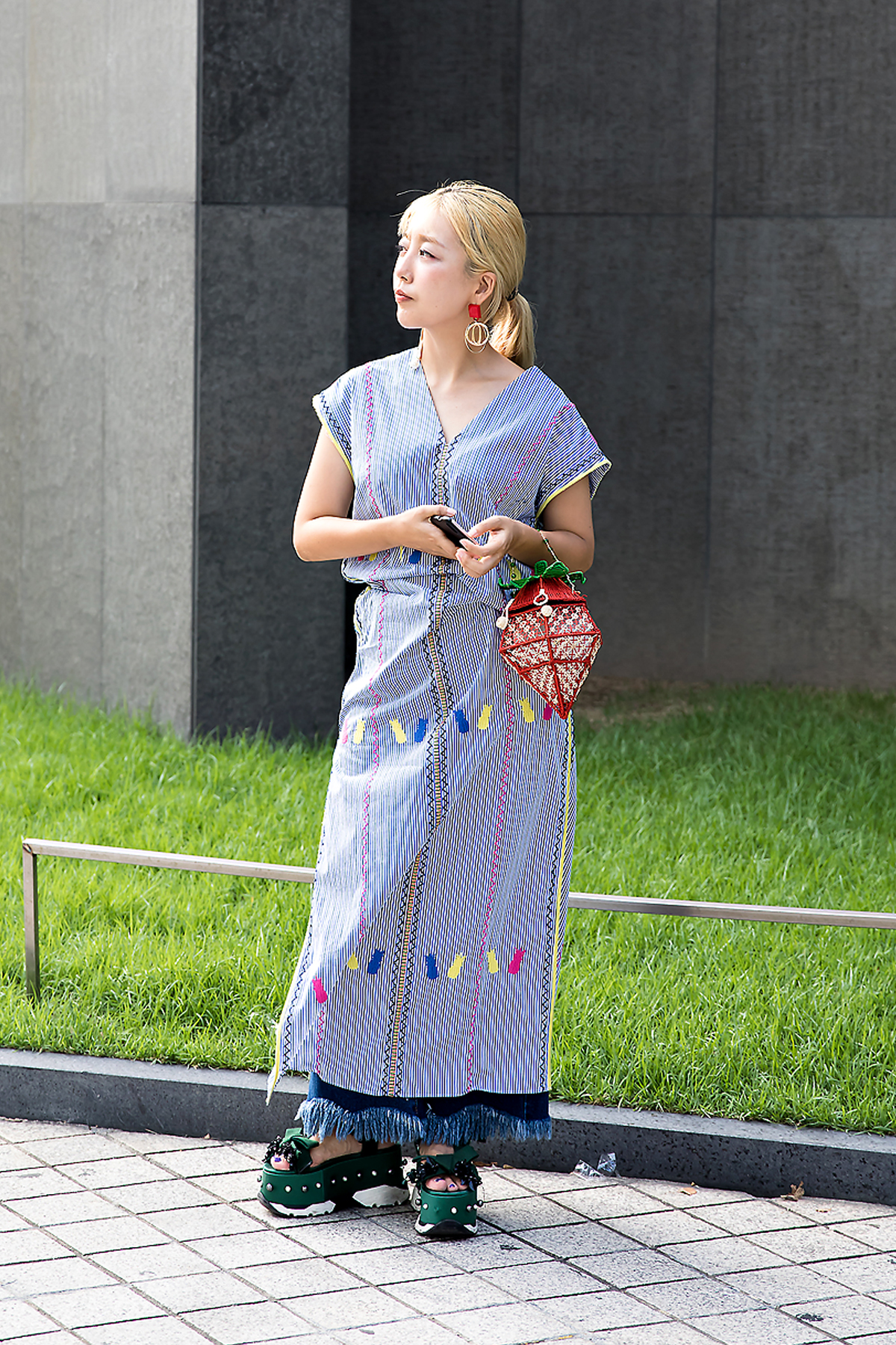 Lee Nanjung, Street Fashion 2017 in Seoul.jpg