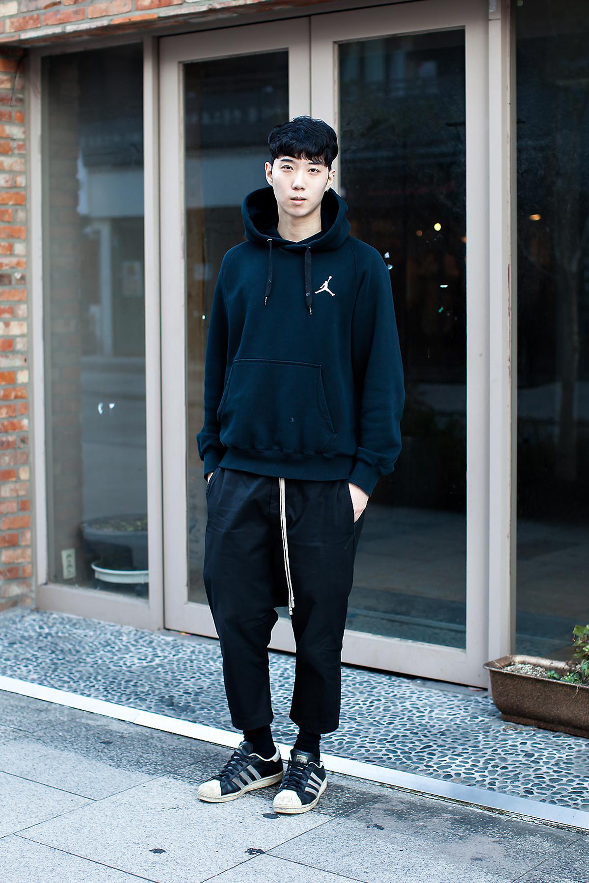 Lee Youngju, Street Fashion 2017 in Seoul.jpg