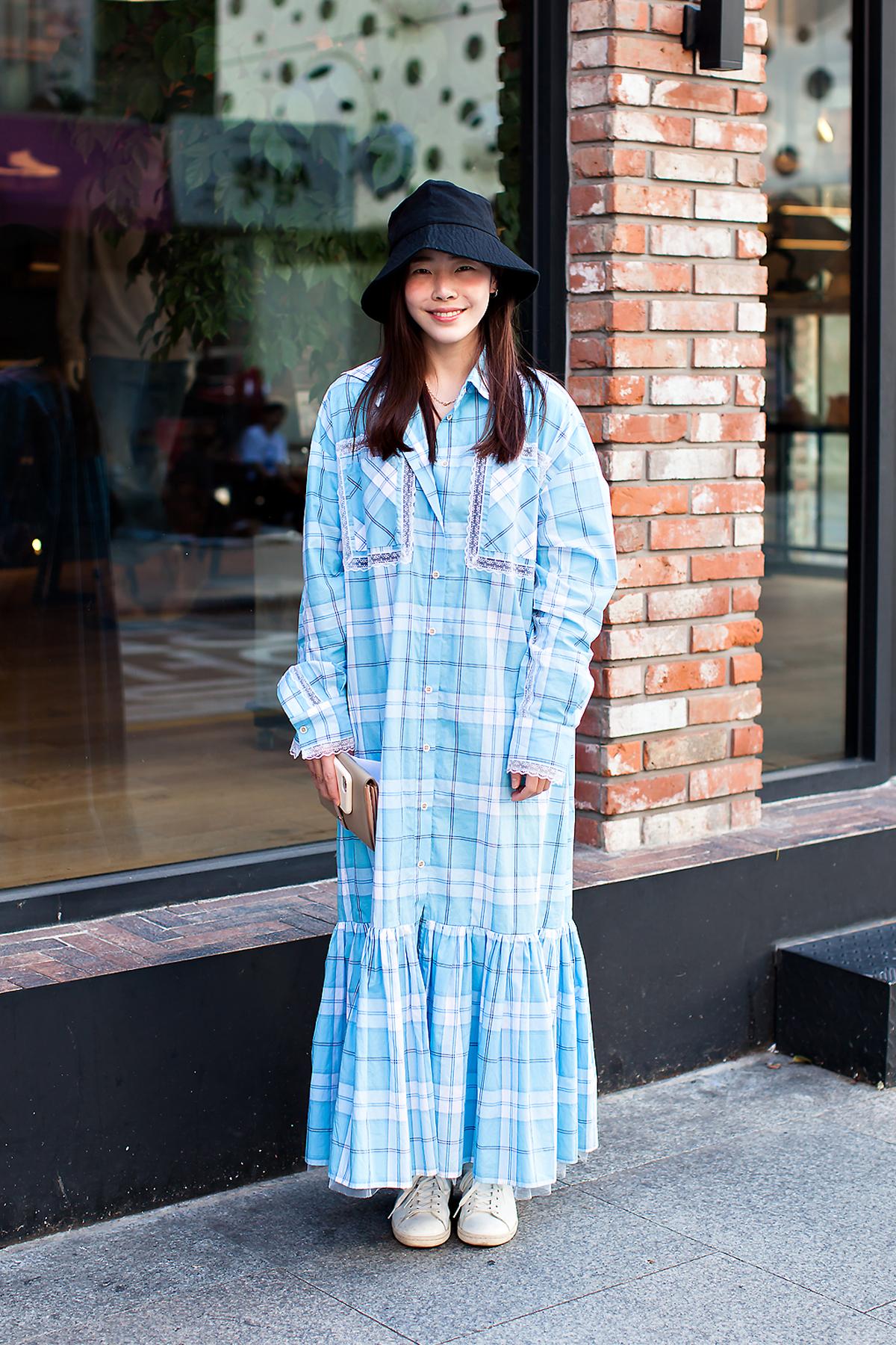 Seo Sohee, Street Fashion 2017 in Seoul.jpg