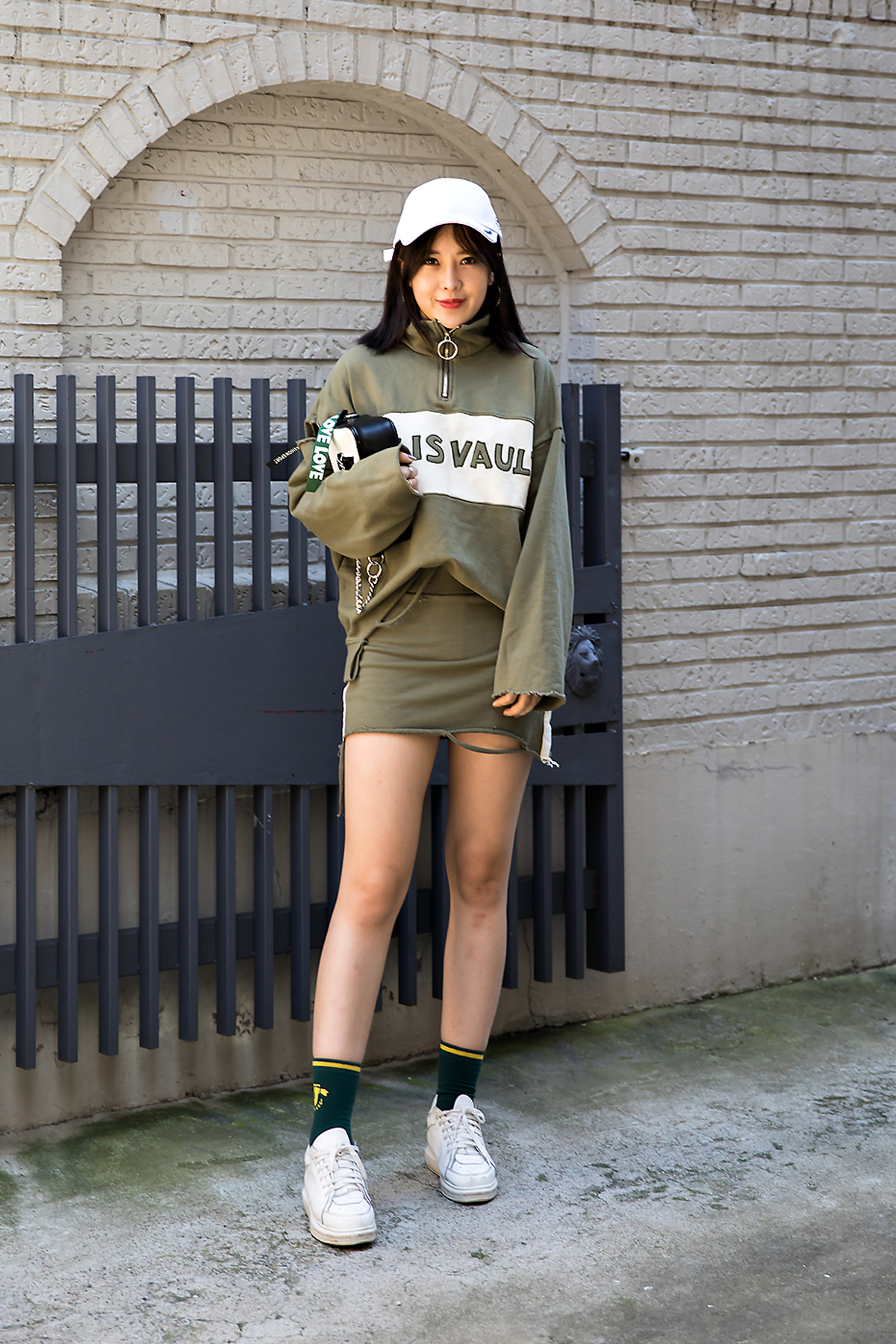 Vivi, Street Fashion 2017 in Seoul.jpg