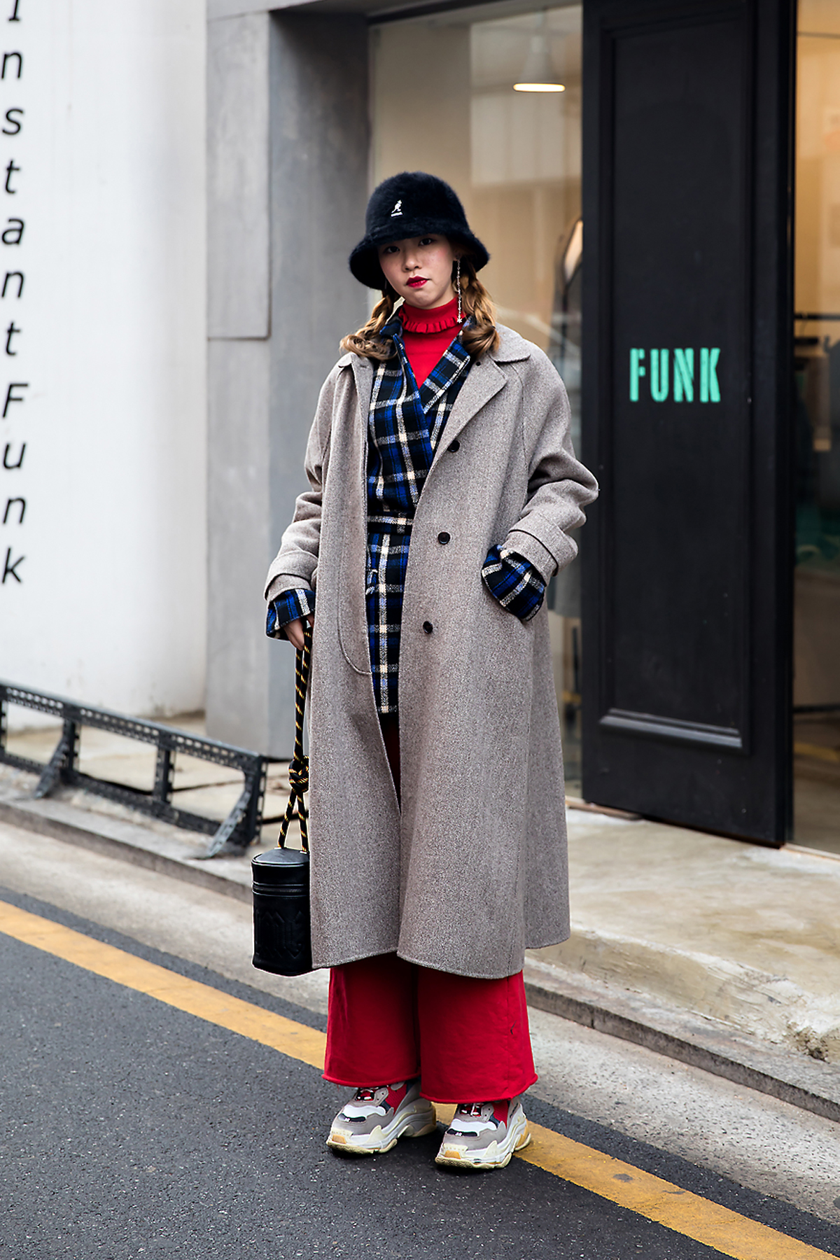 Gigi deng, Street style women winter 2017-2018 inseoul