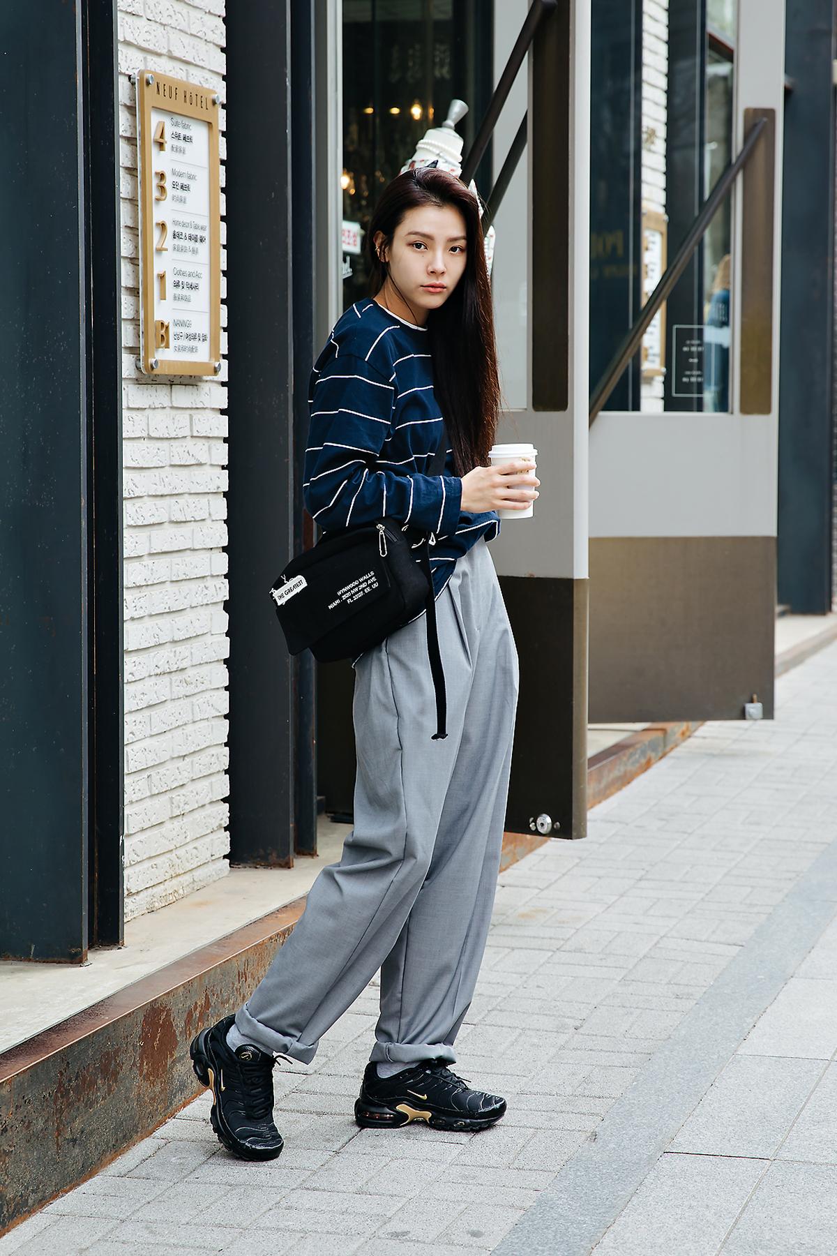 Street style women spring 2018 in seoul -1