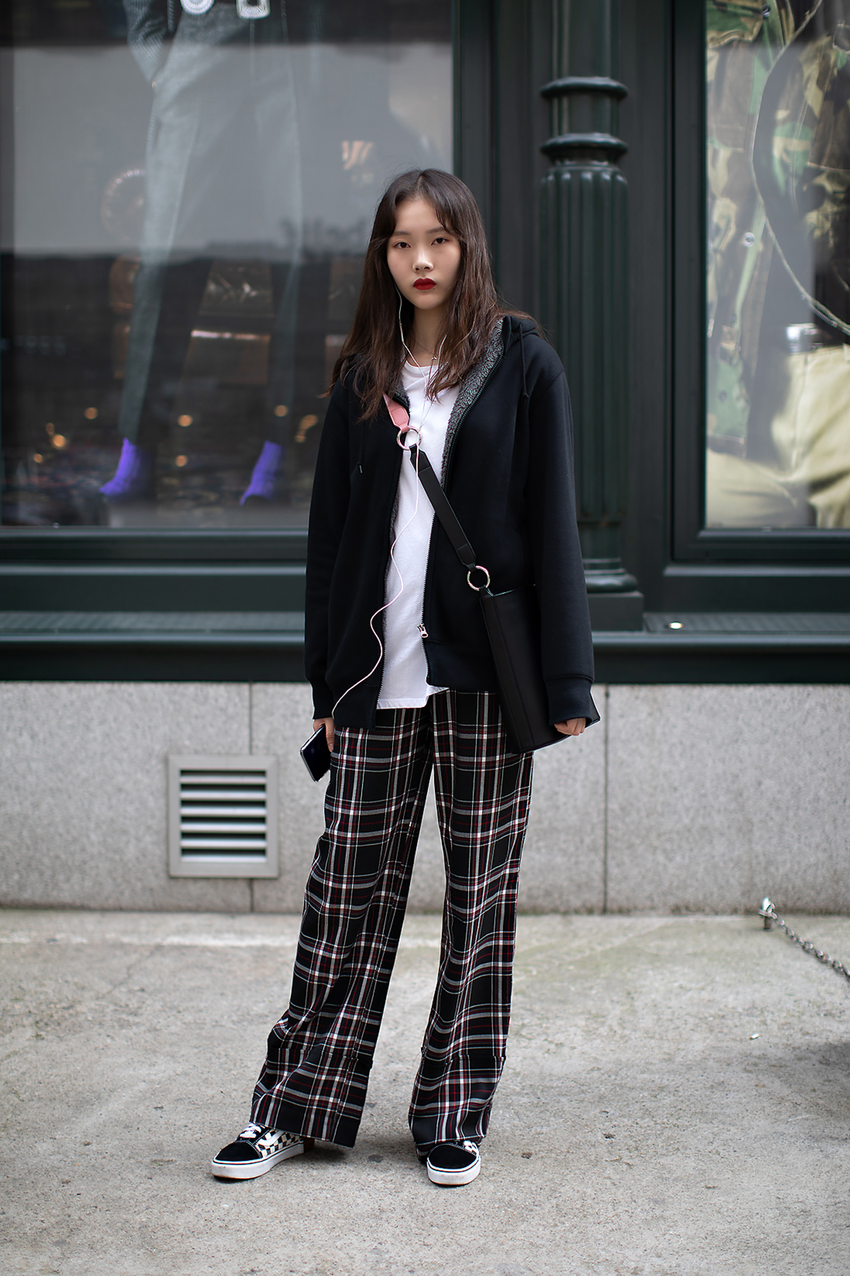 Women fall street style fourth week of october 2018 in seoul 1