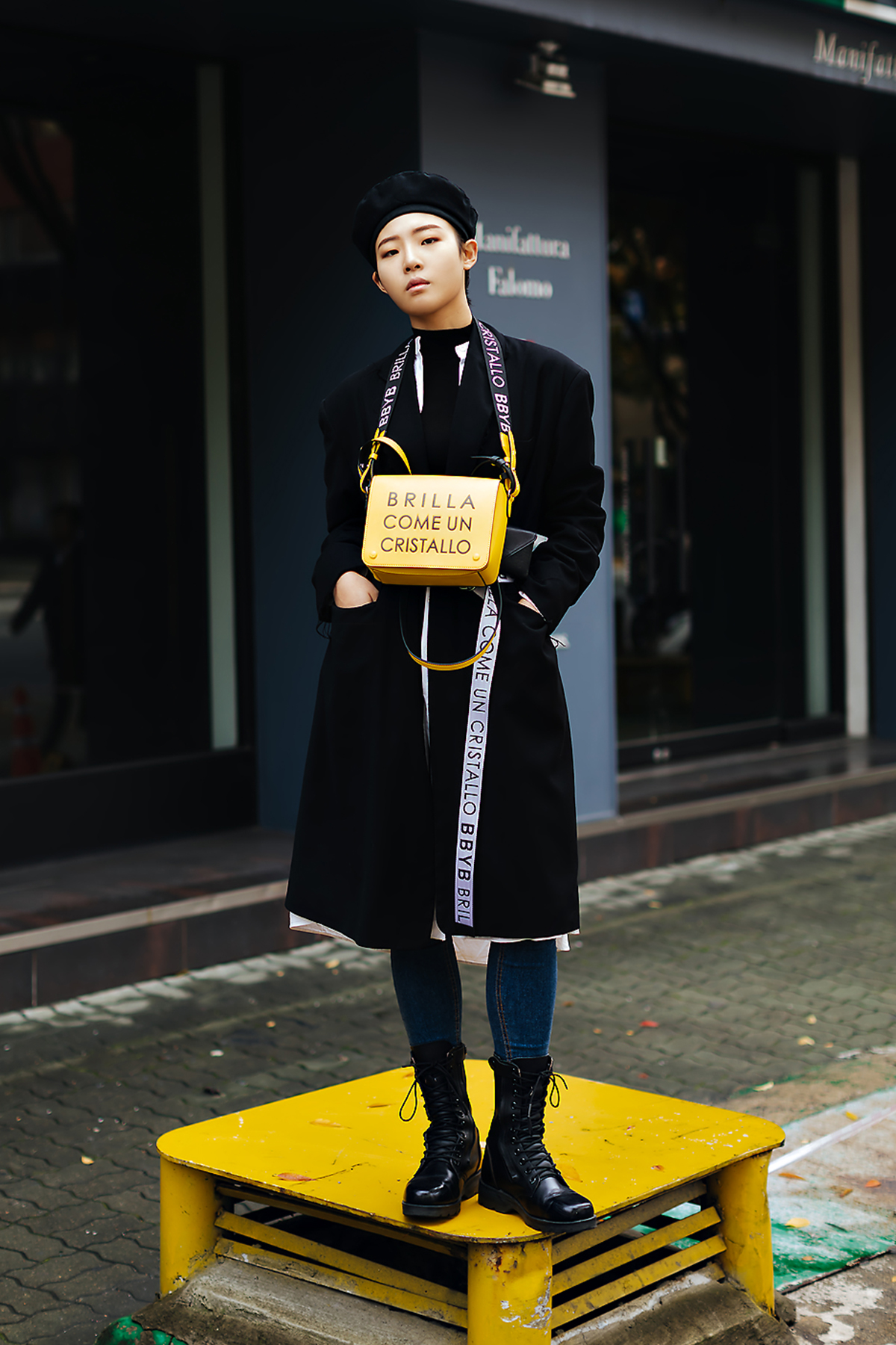 Women fall street style fourth week of october 2018 in seoul 12