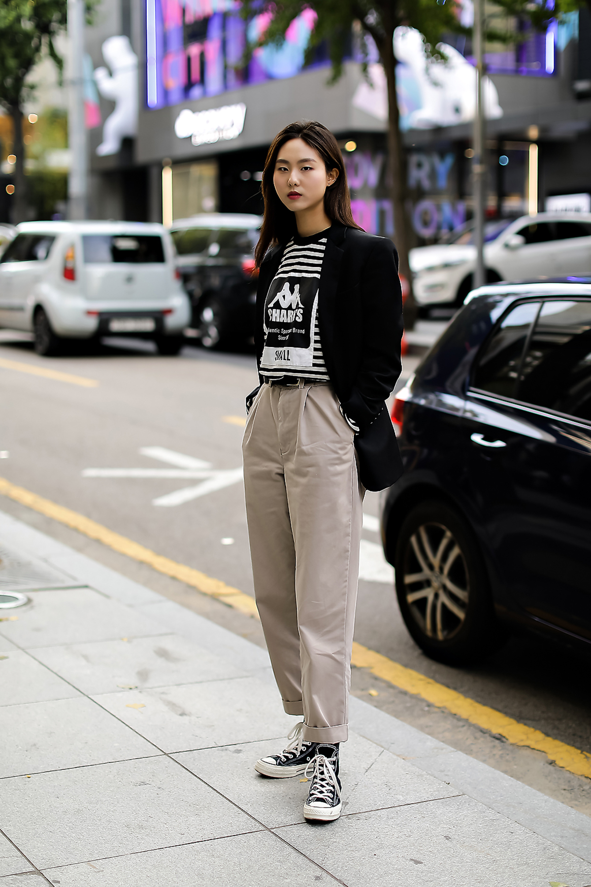 Women fall street style fourth week of october 2018 in seoul 15