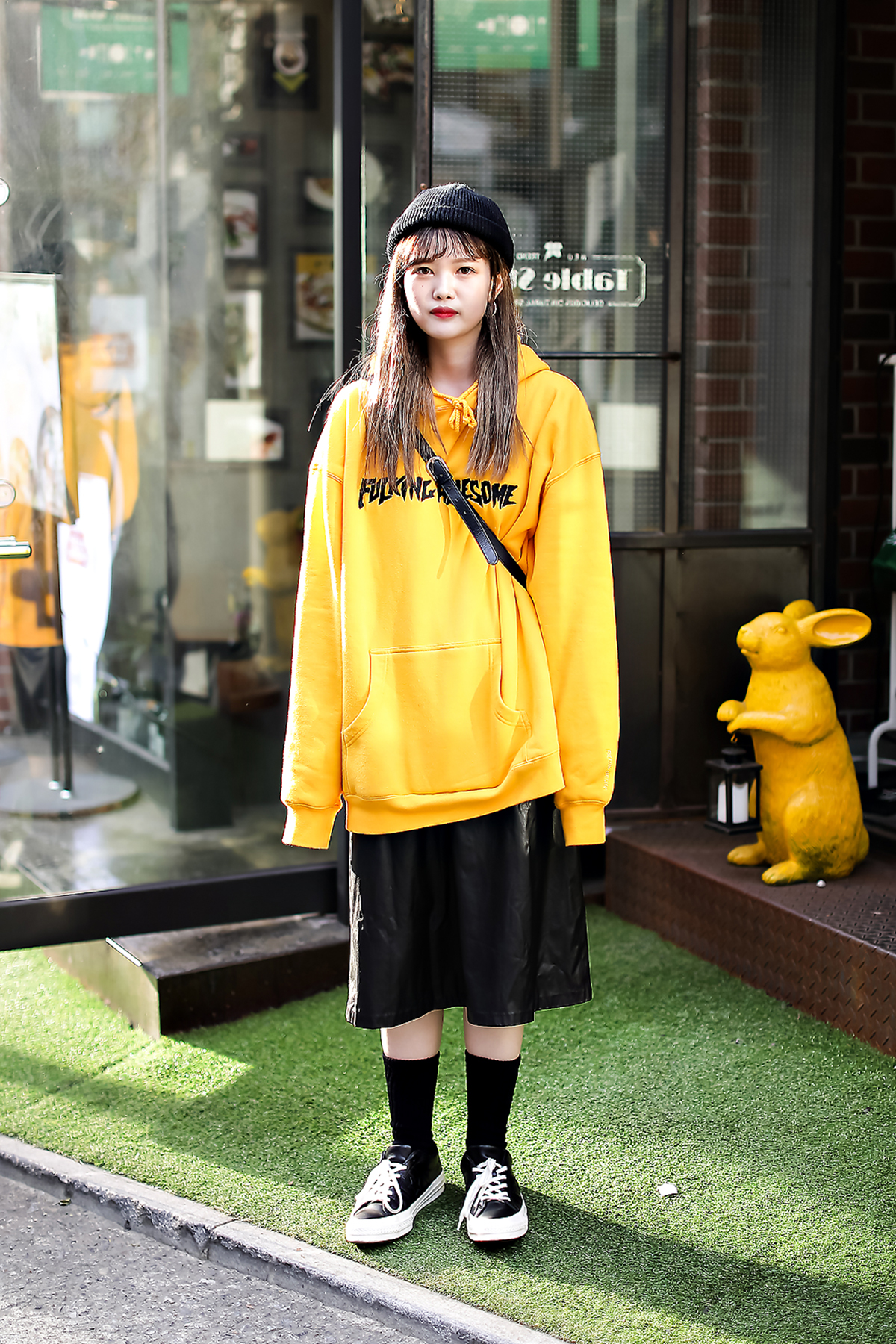 Women fall street style fourth week of october 2018 in seoul 16