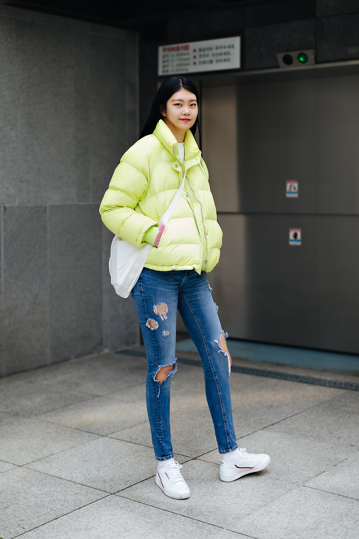 Women fall street style fourth week of october 2018 in seoul 2