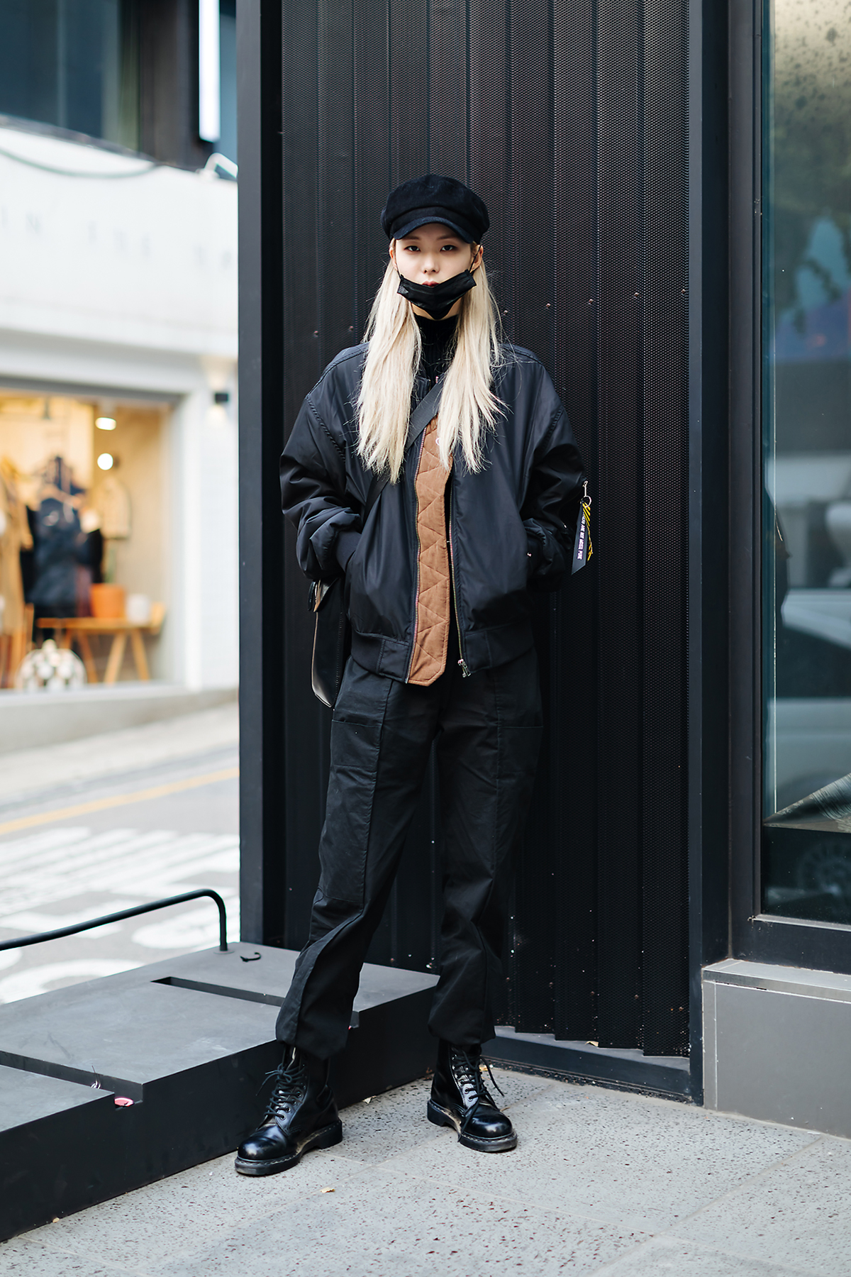 Women fall street style fourth week of october 2018 in seoul 4
