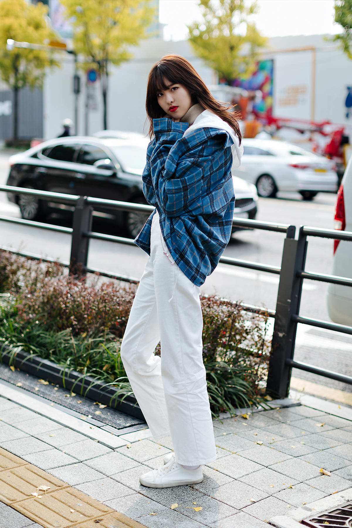 Women fall street style fourth week of october 2018 in seoul 9