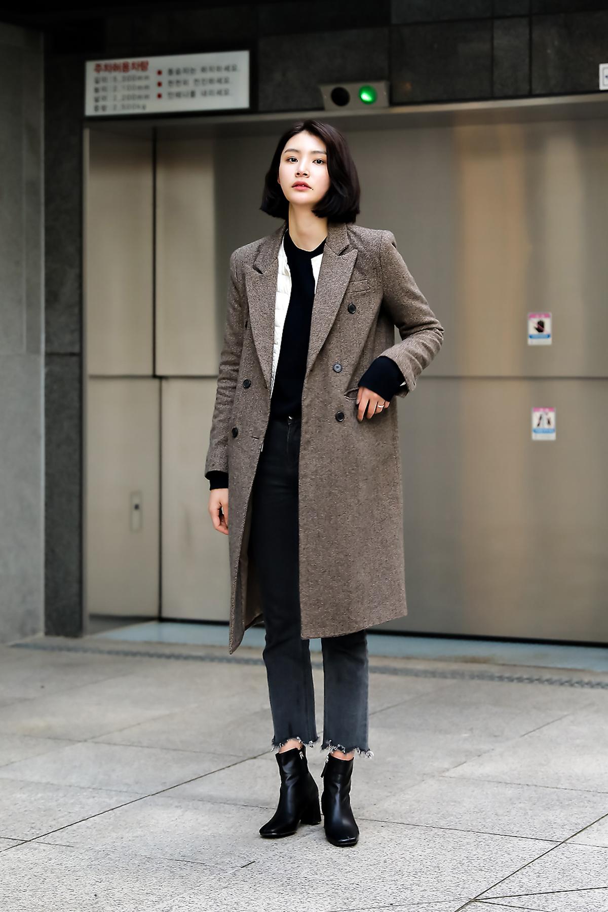 Women fall street style last week of october 2018 inseoul 6