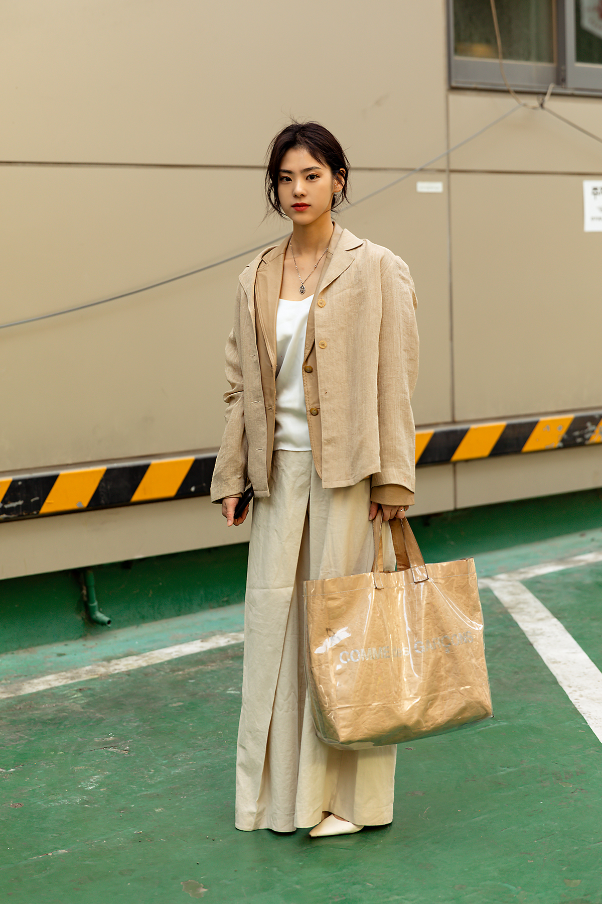 First story of Seoul women's street style in spring of May 2019