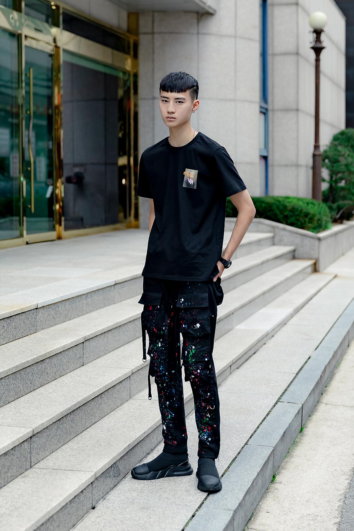 August 2019 Summer Seoul Men's Street Style