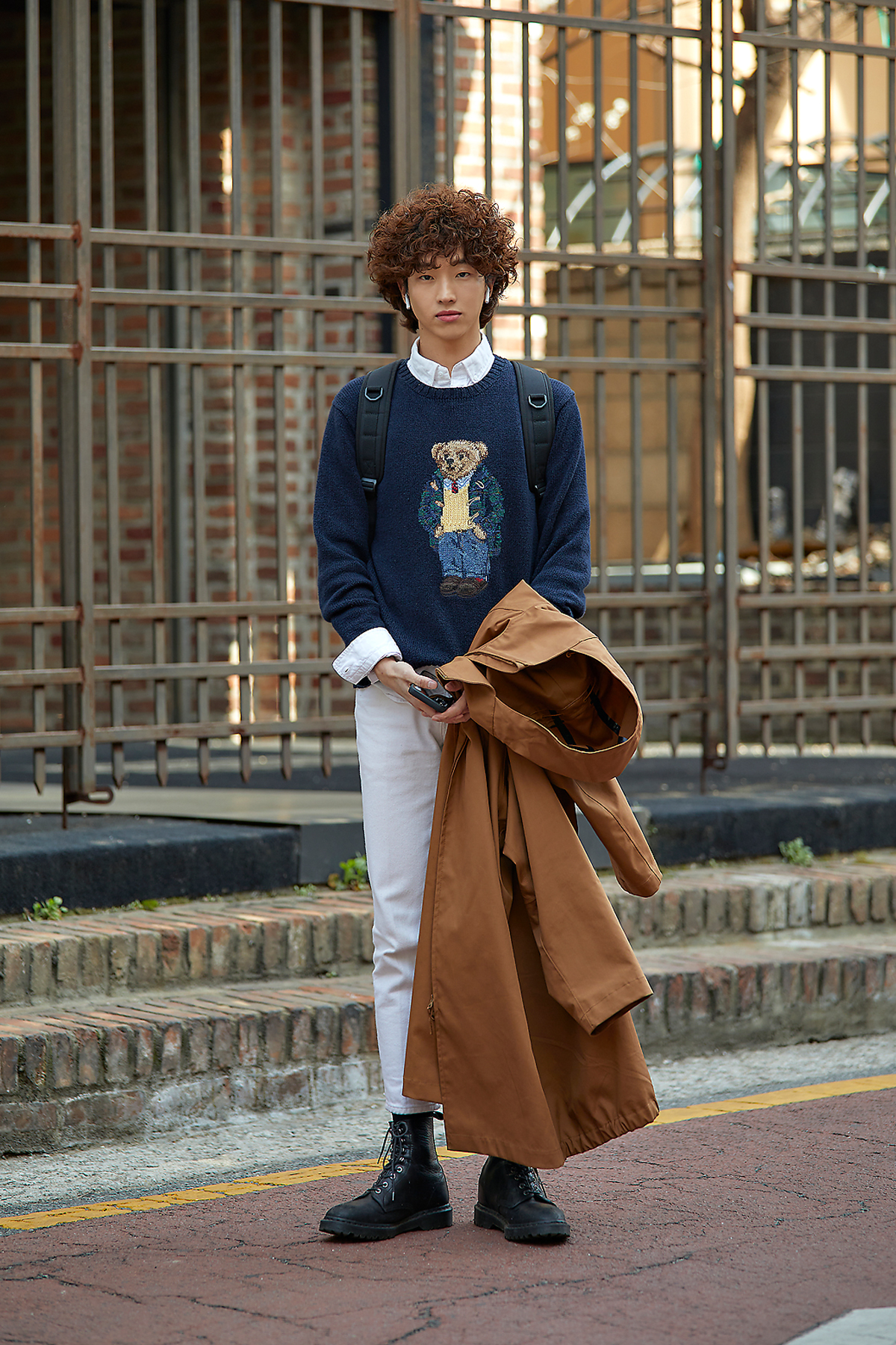 Streetfashion Men's Style in Seoul April 2020