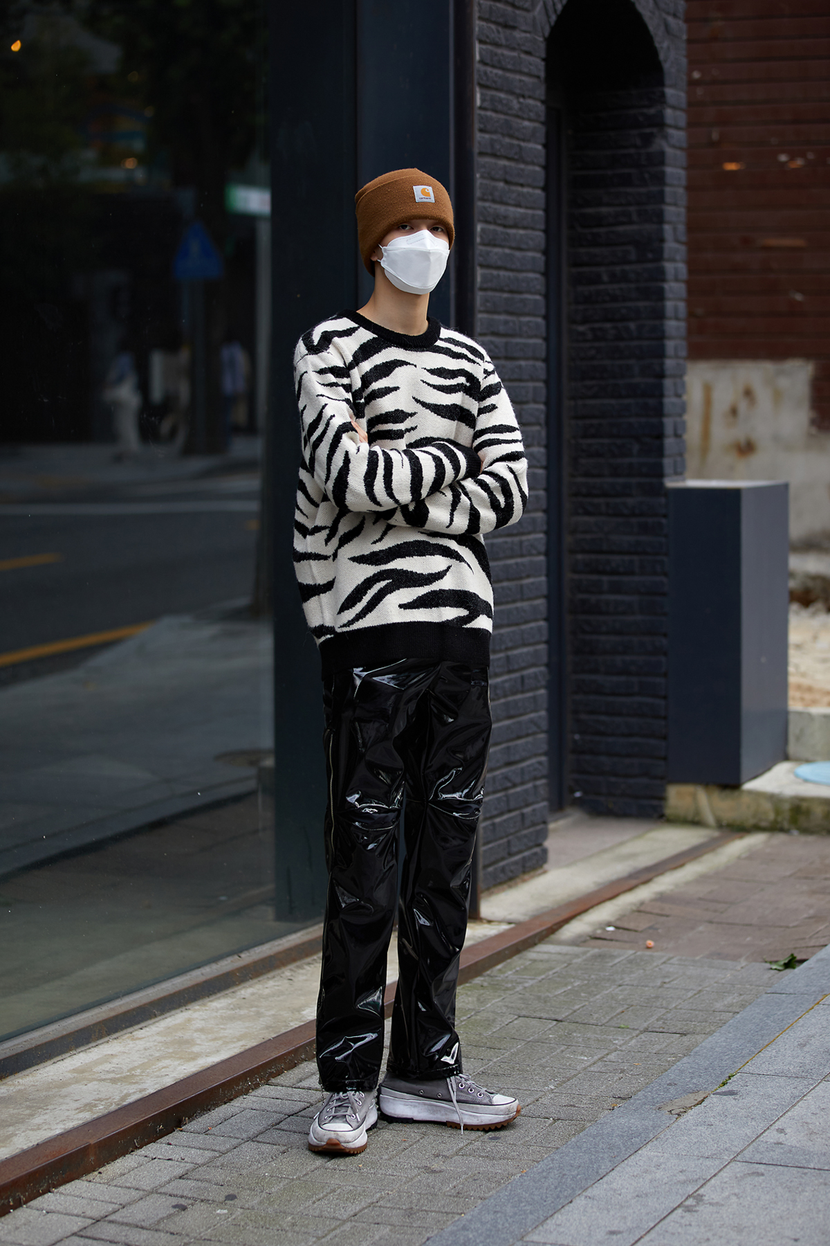 Street Fashion Men's Style in Seoul October 2020